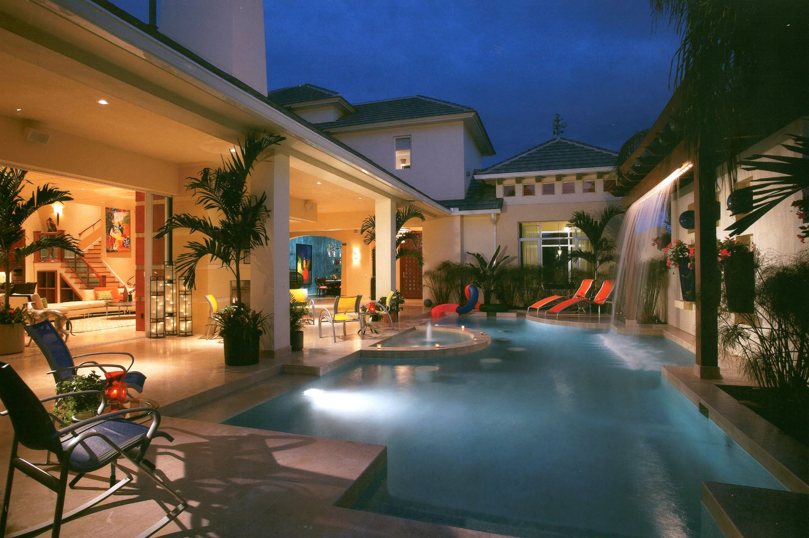 custom pools florida